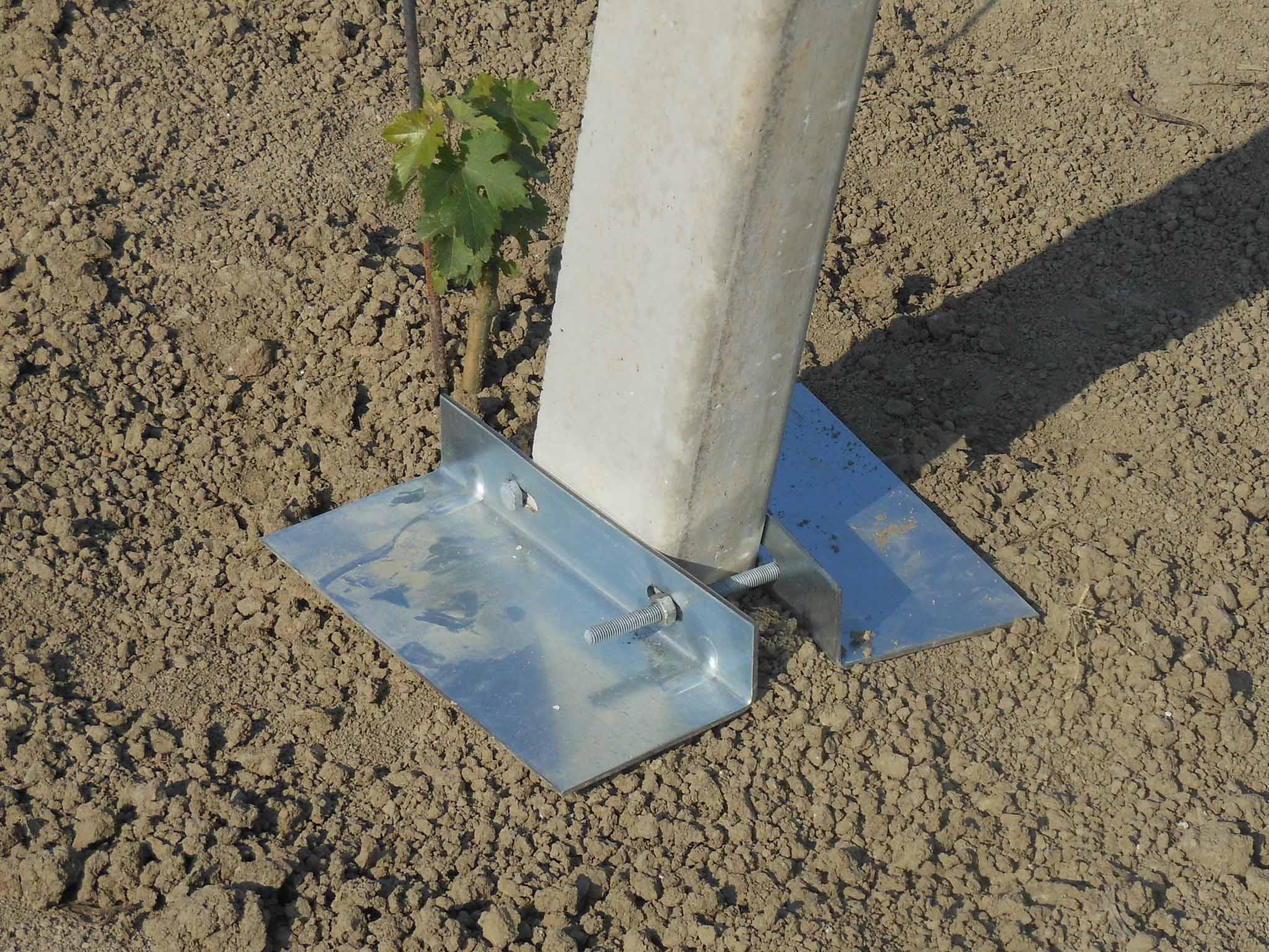 Piastra di tenuta per pali in cemento precompresso in acciaio zincato a caldo