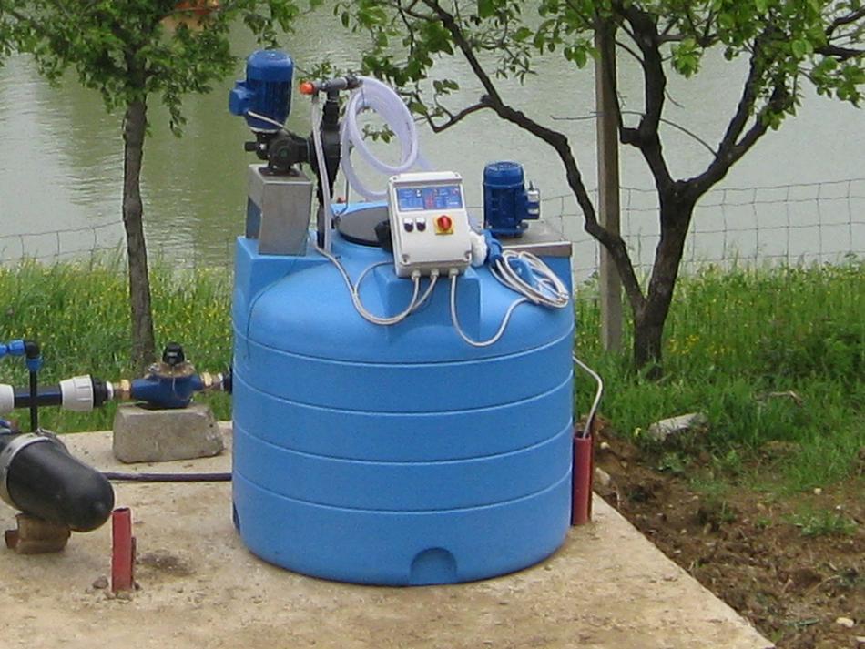 Kit fertilizzatore con pompa dosatrice elettrica lt/ora 290-310